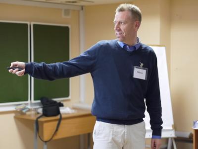 Mikko Sivonen väittelee 30.5. Uuden testamentin eksegetiikan alalta.